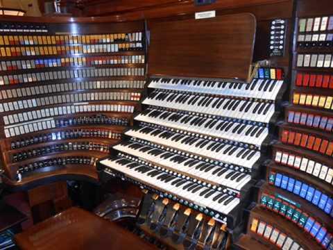 Wanamaker Organ - Oh Holy Night