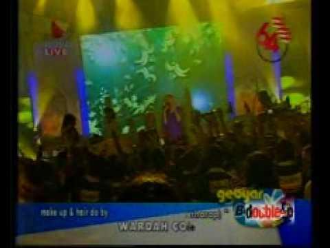 Luna Maya n Dide Hijau daun- Suara (ku Berharap)-feat Double-P Dancers