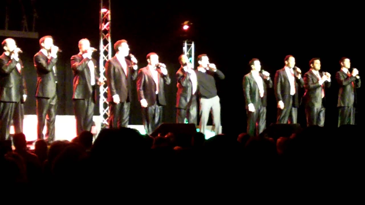 STRAIGHT NO CHASER - 12 DAYS OF CHRISTMAS - CHICAGO W/ DAN PONCE 8 ...