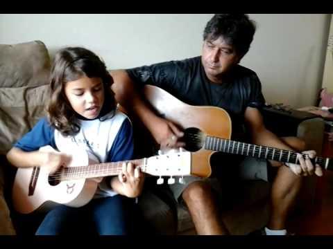 Mariana Chaplin Quintian cantando