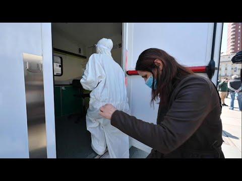 Coronavirus, a Torino i camper confiscati alla mafia diventano ambulatori per i tamponi