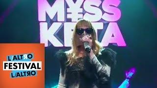 Myss Keta omaggia gli anni '50 e '60 della canzone italiana - L'AltroFestival