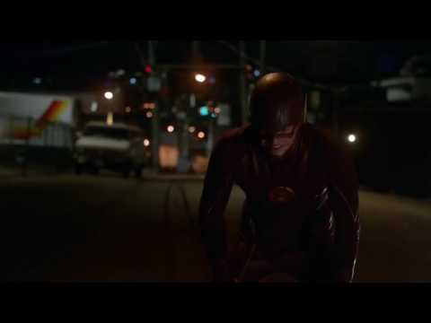 The Flash - Barry Allen saves iris from Tony using supersonic punch