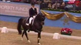 Edward Gal and Moorlands Totilas, KUR Olympia dressage London 16.12.2009 -  92.300%