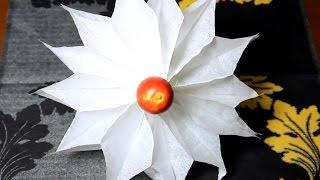 Как сделать объемную снежинку из бумаги своими руками(как сделать объемную снежинку из бумаги - продолжаю поделки к новому году! Новый год 2017., 2016-11-25T19:41:22.000Z)