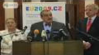 Karel Schwarzenberg: Hamas to blame, EU working on Gaza ceasefire
