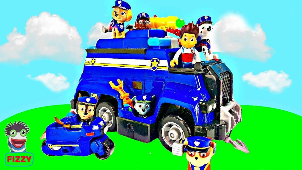 Fizzy and Paw Patrol Teach Puppies How to Help Others