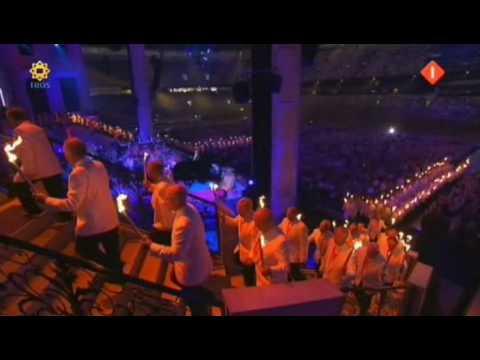 André RIeu - Conquest of Paradise & Soldatenchor (Amsterdam Arena 2009)