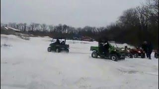 Gator RSX 850i vs Kawasaki Teryx - Snow Pull Off