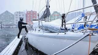 Life Onboard When Everything is Frozen - Sailing Uma [Step 254]
