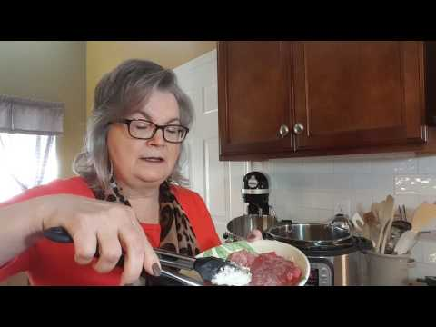 Meals With Grandma: Cubed Steak With Potatoes