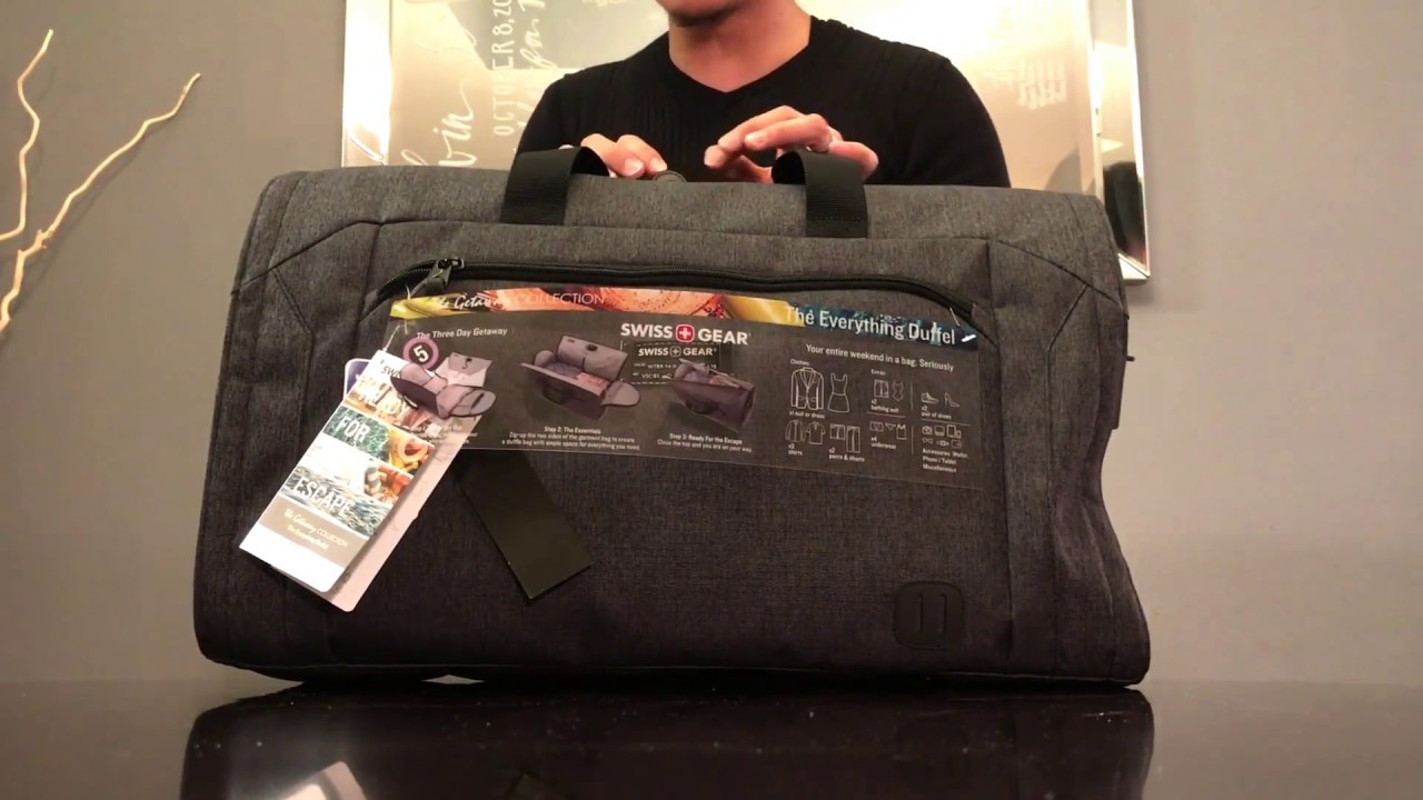 SwissGear The Three Day Weekender Getaway Carry On Duffel with Garment Bag  Overview 820cca027e348