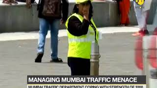 Mumbaikars join hands with traffic police