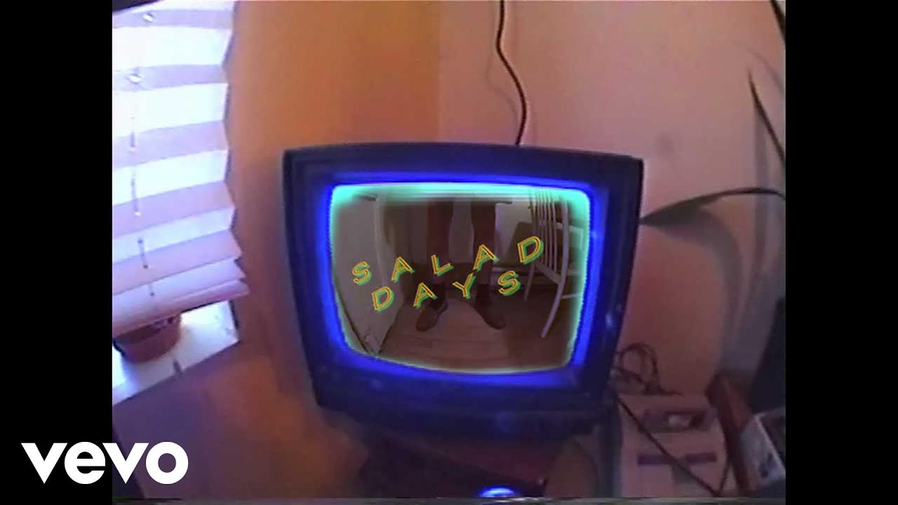 mac-demarco-passing-out-pieces-official-video-macdemarcovevo
