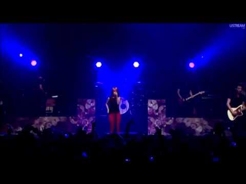 Decode - Paramore (Live at FBR15)