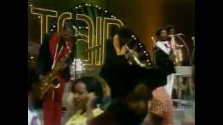 Kool & The Gang - Hollywood Swinging [+Interview & Q&A] - Soul Train (1974)