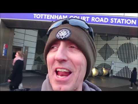 my-london-travel-vlog-2020.-borris-johnson-downing-street-likes-jaffa-cakes.