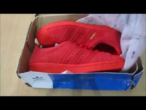 unboxing adidas superstar 80s city series london red on feet
