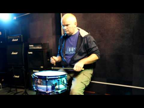 Bluebird Snare played by Harvey Martin