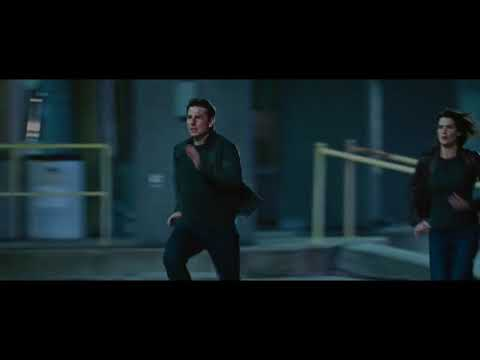 Jack Reacher Never Go Back: Escape from airport scene by Tom Cruise 2016
