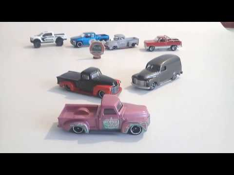 CUSTOM CHEVY 52 HOT WHEELS /  pick up , panel CUSTOM`S HOT:64