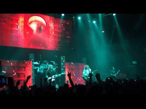 Megadeth - Trust (intro) - Concierto Santiago Septiembre 201