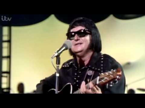 Roy Orbison - Oh Pretty Women (with lyrics)