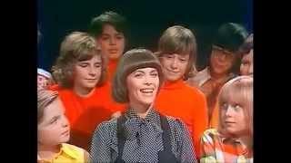 Play Tous Les Enfants Chantent Avec Moi