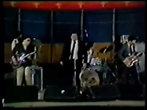 "Pere Ubu ""Help me, I'm on Tour"" 1981 tour film and extras"