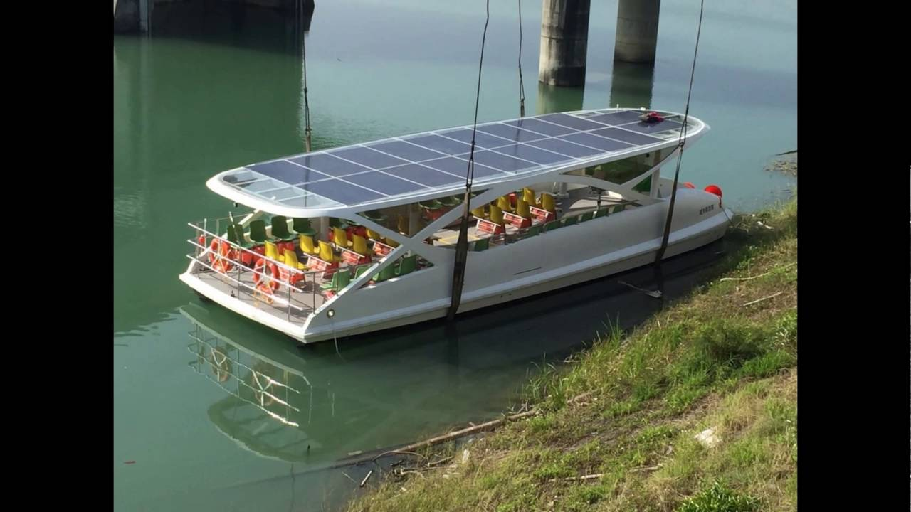 Solar Powered Boats Youtube