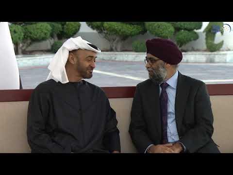 محمد بن زايد يستقبل وزير الدفاع الكندي