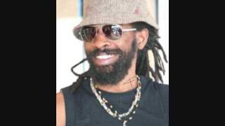 Watch Spragga Benz Some Bwoy video