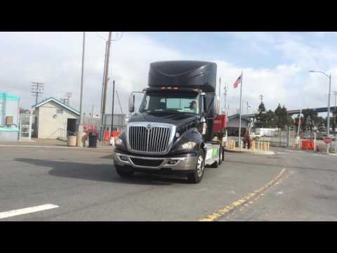Fully Electric Big Rig Semi Tractor Trailer Truck Discount Heavy Haul