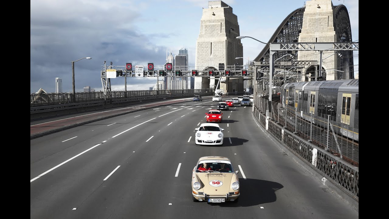 Across the Sydney Harbour Bridge with 100 Porsche 911's - YouTube