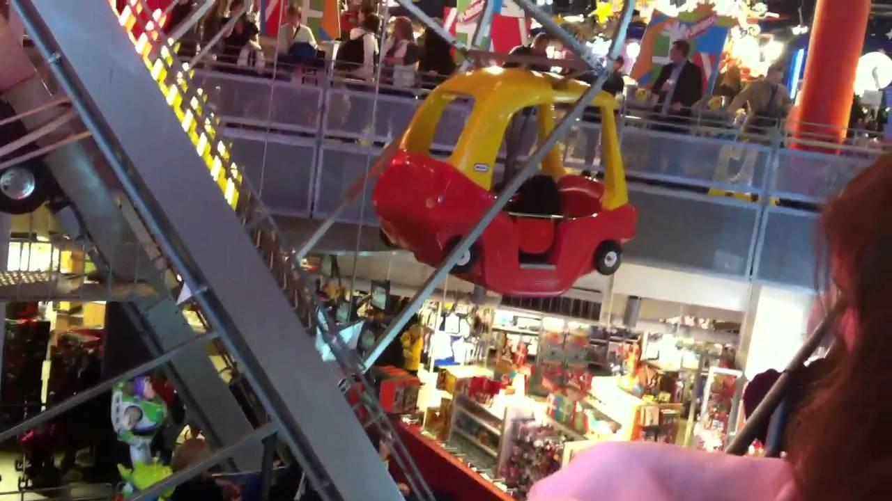 Toys R Us Ferris Wheel New York City Ny Youtube