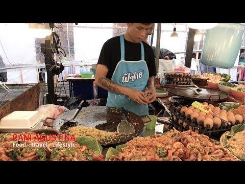 thai-fried-rice---nasi-goreng-seafood-dan-kwetiaw-goreng-thailand