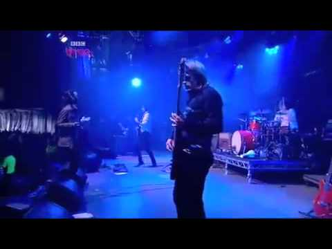 Kasabian - Processed Beats (Live)
