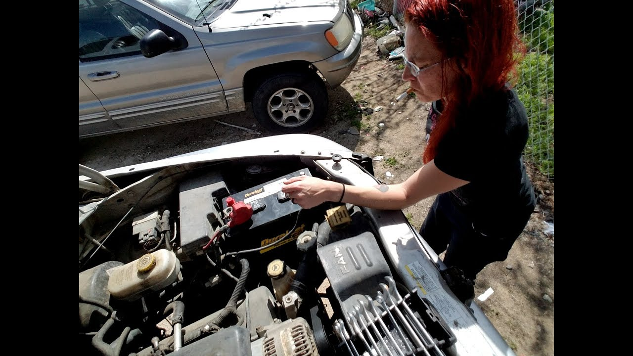 Changing The Battery On My 2003 Dodge Durango Just Cause I M A Doesn T Mean Can Do It