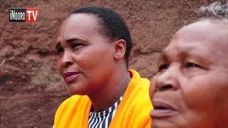 Mwana na nyina kuohwo maisha: Njera-ini