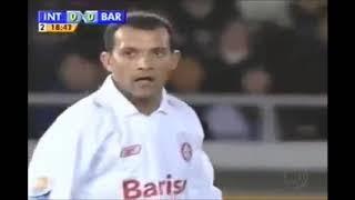 Iarley vs Barcelona (Mundial de Clubes 2006)