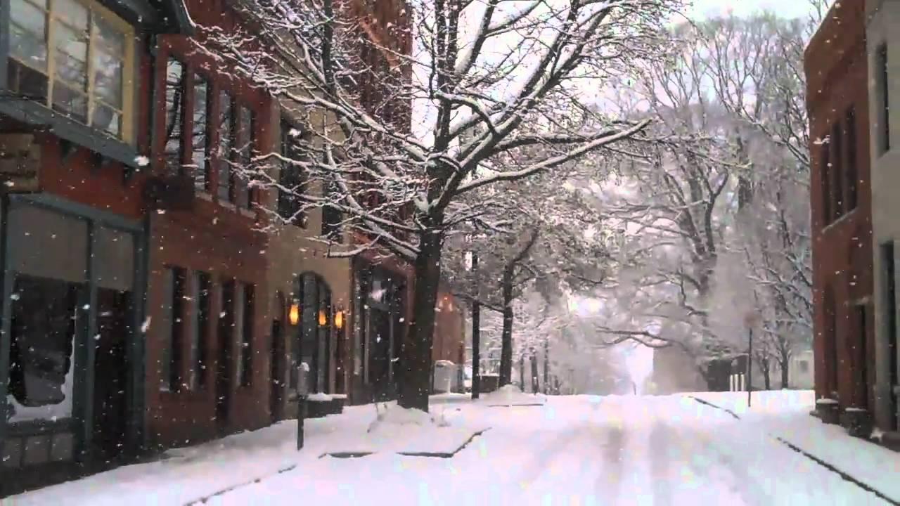 Asheville's White Christmas 2010 #snOMG #AVLsnOMG - YouTube