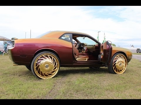 Whipaddict Dodge Challenger On Gold Dub 30s Flip Flop Paint Linny J Car Show Youtube