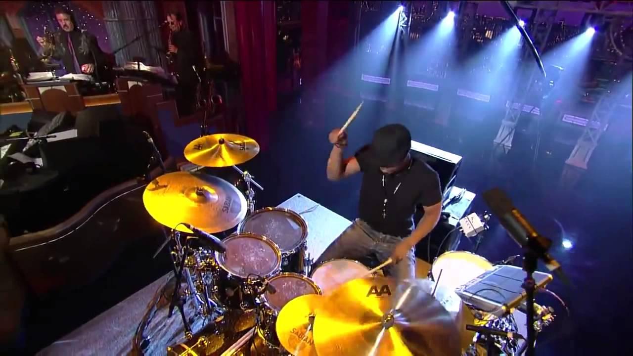 Download Tony Royster Jr Drum   Caravan drum solo Live on Letterman show HD