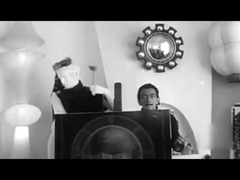 1956 Salvador Dalí en su casa de Port Lligat - Dali's House Port Lligat Cadaqués Spain Casa de Dalí