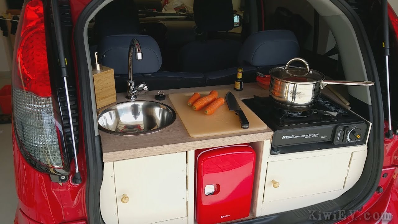 Charmant Installing A Fully Functional Kitchen In An Electric Car