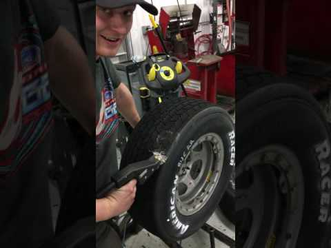 Grooving A Racing Tire with the Van Alstine GV1000 Tire Groover