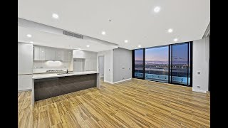 Download Video Pagewood - Luxury New Apartment, Golf Course & City  ... MP3 3GP MP4