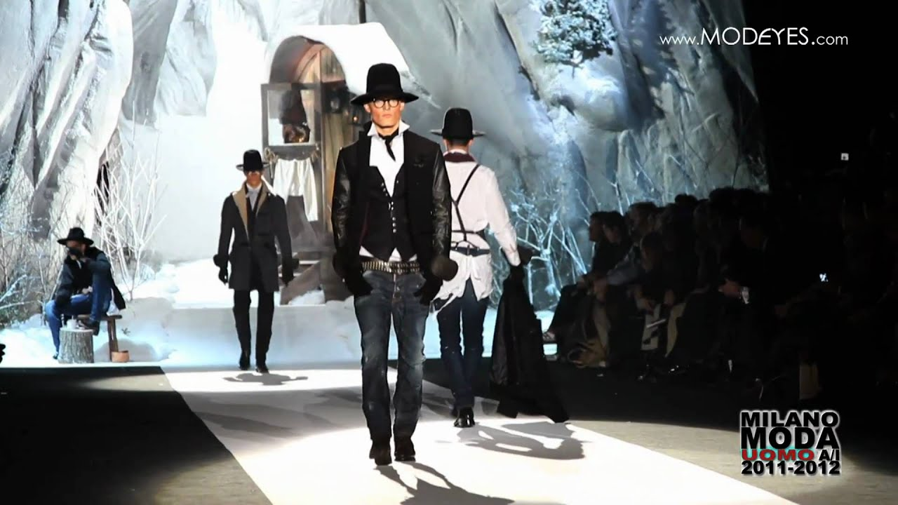 DSQUARED MAN FALL WINTER 2011-12 - YouTube 7c3b650644f3