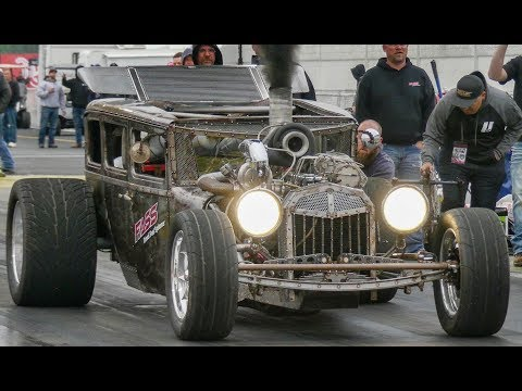 Steve Darnell and the D-ROD badass diesel rat rod! Upclose and running too.
