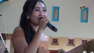 Cuma Mantan Voc. Putri Marcopollo LIA NADA Live Sembung 26 Juli 2018.mp3